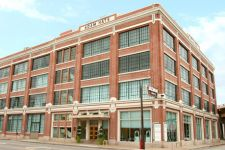 Deep Ellum District in Downtown Dallas Offers Historic, Industrial, Warehouse Style Lofts for Rent