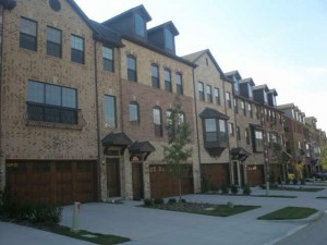 Ashton Wood Townhomes in Irving
