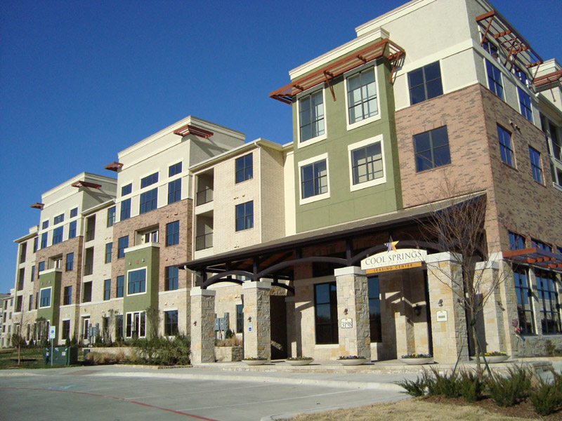 Cool Springs at Frisco Bridges Apartments | 3198 Parkwood ...